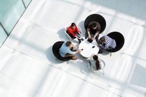 Read more about the article Como contratar agências ou freelancers